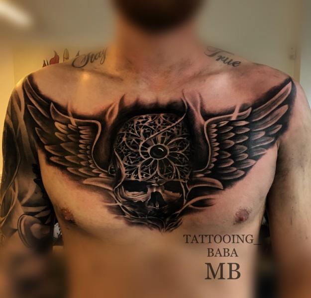 Tattoo Brust