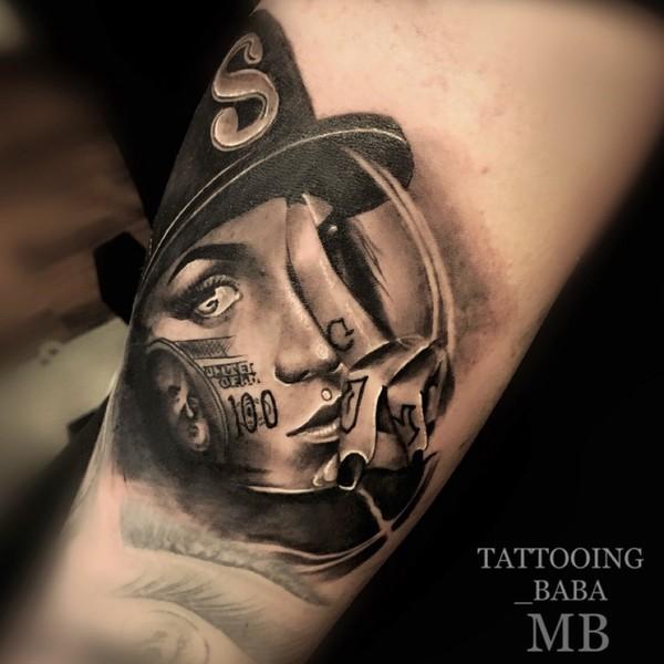 Tattookünstler